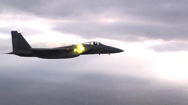 Tiêm kích F-15 Mỹ ra đòn, vệ tinh Nga có thể rụng như sung? - Ảnh 4.