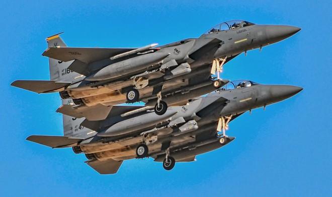 Tiêm kích F-15 Mỹ ra đòn, vệ tinh Nga có thể rụng như sung? - Ảnh 1.