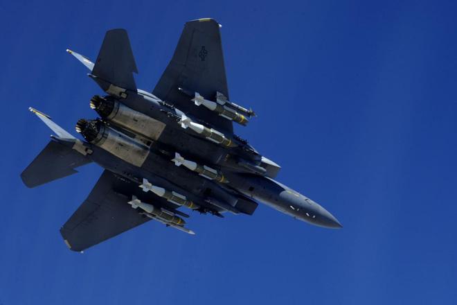 Tiêm kích F-15 Mỹ ra đòn, vệ tinh Nga có thể rụng như sung? - Ảnh 3.