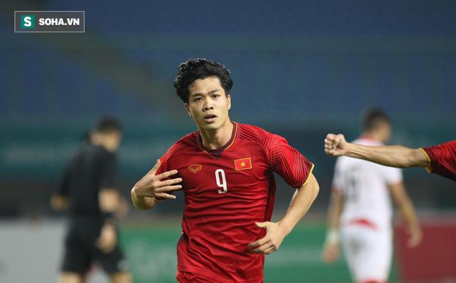 Sau đúng 1 năm, Công Phượng lại đệm bóng xé lưới đối thủ, làm vỡ òa CĐV Việt Nam