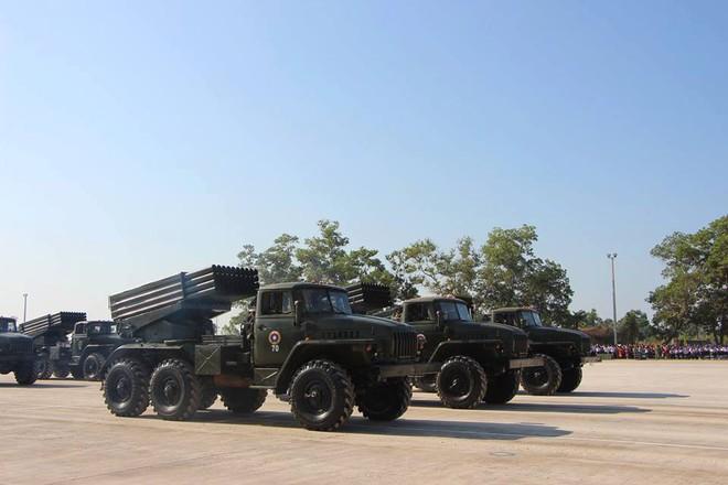 Kiêu hãnh - Tự hào: Vũ khí Made in Vietnam sánh cùng Nga, TQ trong Duyệt binh ở Lào - Ảnh 8.