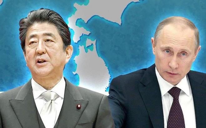 """Trong 6 năm gặp nhau 25 lần: Ông Putin đã thả mồi, ông Abe quyết """"giữ chắc con chim sẻ"""""""