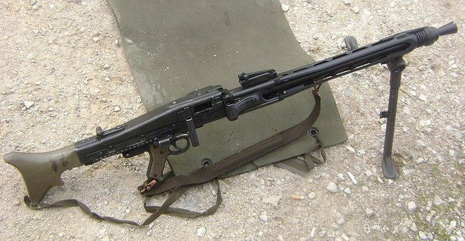 Mẫu súng máy Cưa Xương kinh hoàng nhất trong Thế chiến II - Ảnh 4.