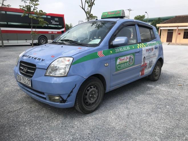 Tài xế xe giường nằm và taxi dương tính với ma túy trên đường chở khách vào Nghệ An - Ảnh 2.