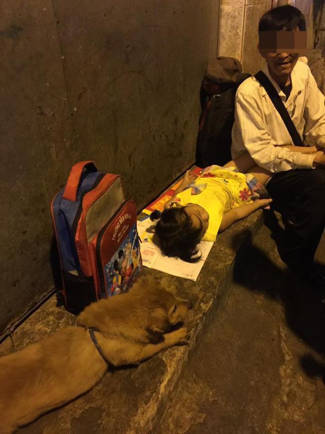 Người đàn ông ôm mặt khóc vì bị móc túi trong ngày giáp Tết, sự thật lại khiến dân mạng phẫn nộ - ảnh 9