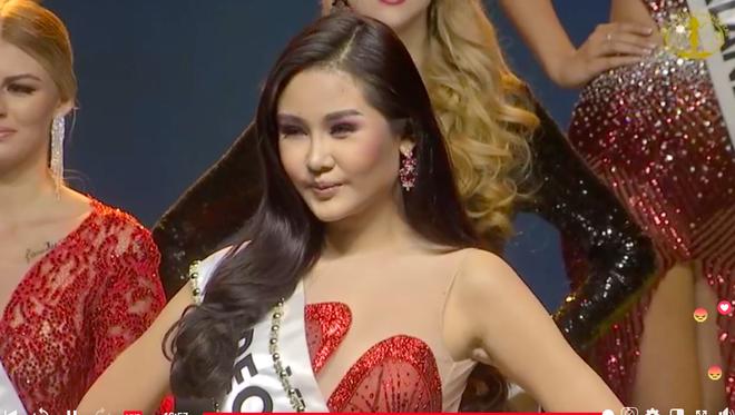[Cập nhật] Chung kết Hoa hậu Liên lục địa 2018: Biểu cảm của Ngân Anh khi chính thức được gọi tên vào top 6 - Ảnh 2.