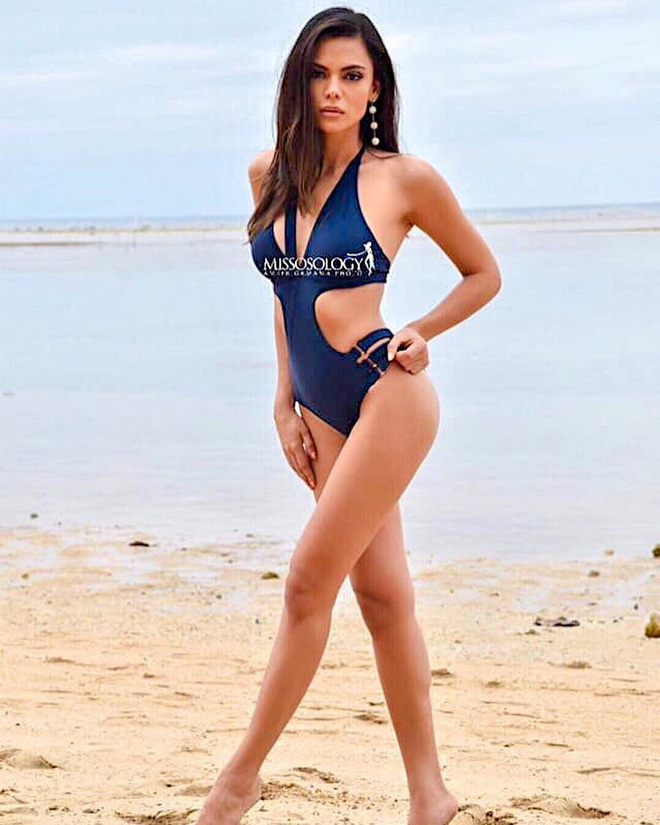 """Người """"cướp"""" mất ngôi vị Hoa hậu Liên lục địa của Lê Âu Ngân Anh đẹp cỡ nào? - Ảnh 12."""