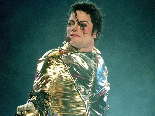 Phim tố cáo Michael Jackson lạm dụng tình dục trẻ em gây chấn động - Ảnh 2.