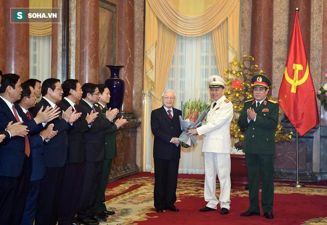 Phong quân hàm Đại tướng cho Bộ trưởng Tô Lâm và Chủ nhiệm Tổng cục chính trị Lương Cường - Ảnh 2.