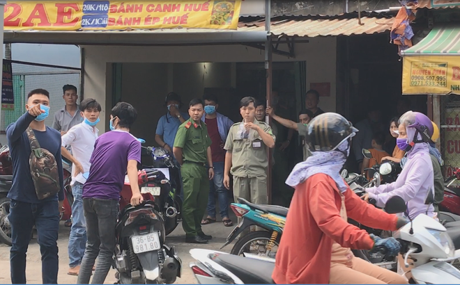 Con trai chủ nhà trọ ở Sài Gòn tử vong trong tư thế treo cổ