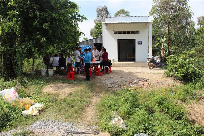 Thăm nạn nhân vụ tai nạn ở Long An: Cảnh nghèo không thể tưởng! - Ảnh 2.