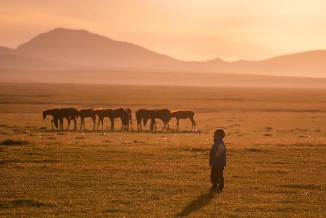 """Thiên nhiên hùng vĩ ở Kyrgyzstan đẹp đến """"nghẹt thở"""" - Ảnh 16."""