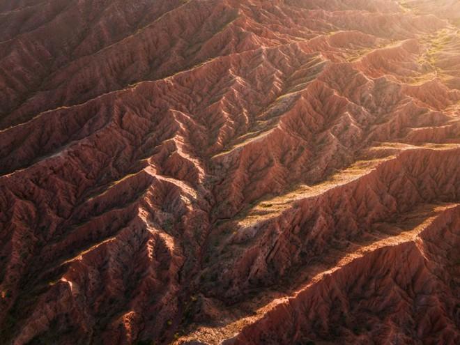 """Thiên nhiên hùng vĩ ở Kyrgyzstan đẹp đến """"nghẹt thở"""" - Ảnh 19."""
