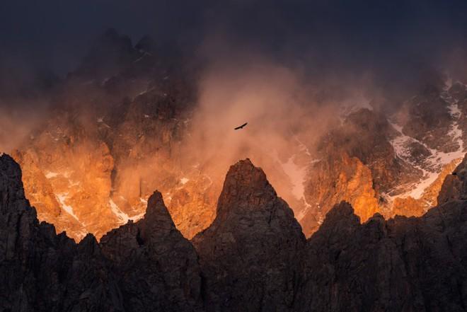 """Thiên nhiên hùng vĩ ở Kyrgyzstan đẹp đến """"nghẹt thở"""" - Ảnh 8."""