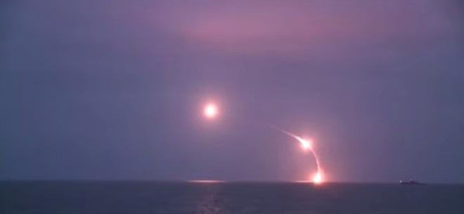 Nỗi hoảng sợ của Mỹ: Tên lửa hành trình Kalibr Nga chĩa thẳng vào Thủ đô Washington - Ảnh 3.