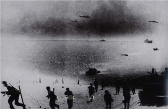 Hạm đội Hải quân Việt Nam đầu tiên trong lịch sử và những chiến công vang dội ở Campuchia - Ảnh 2.