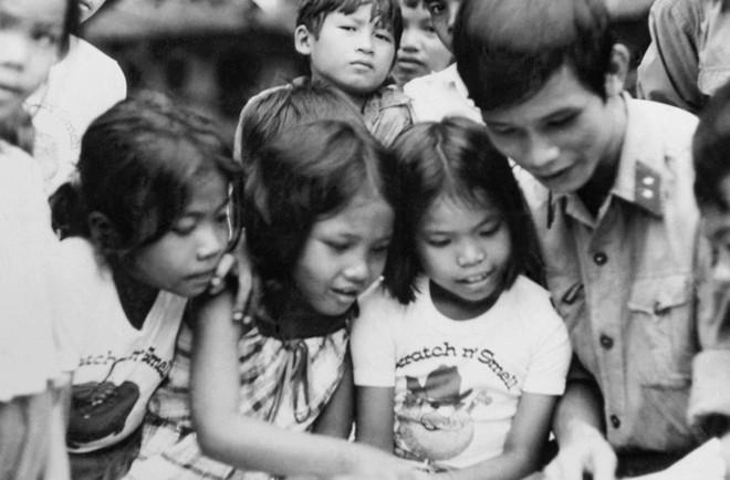 Quân tình nguyện VN thần tốc giải phóng Campuchia và những phát hiện bất ngờ - Ảnh 3.