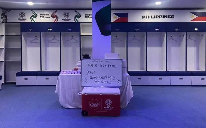 Sau trận đấu đáng khen, Philippines để lại thông điệp đặc biệt ở phòng thay đồ