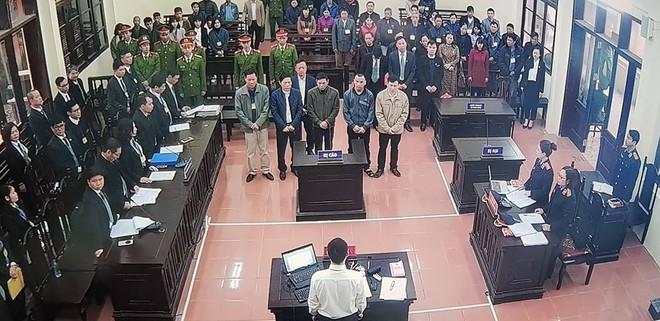 Luật sư Nguyễn Chiến: Các luật sư thấy có dấu hiệu oan đối với bác sĩ Hoàng Công Lương - Ảnh 2.