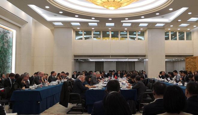 Đàm phán thương mại Mỹ-Trung: Báo Đảng Trung Quốc gay gắt cảnh báo Mỹ đừng được voi đòi tiên - Ảnh 2.
