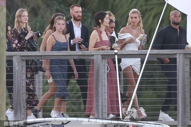 Hình ảnh cực hiếm trong đám cưới bí mật, đóng cửa với truyền thông của Justin Bieber - Ảnh 5.
