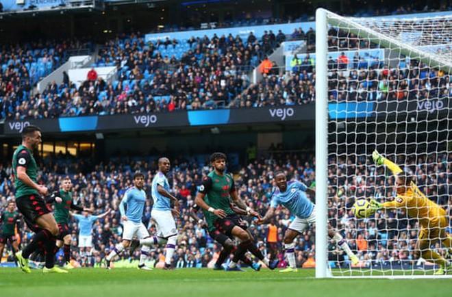 'Hủy diệt' Aston Villa trong hiệp 2, Man City áp sát Liverpool - Ảnh 5.