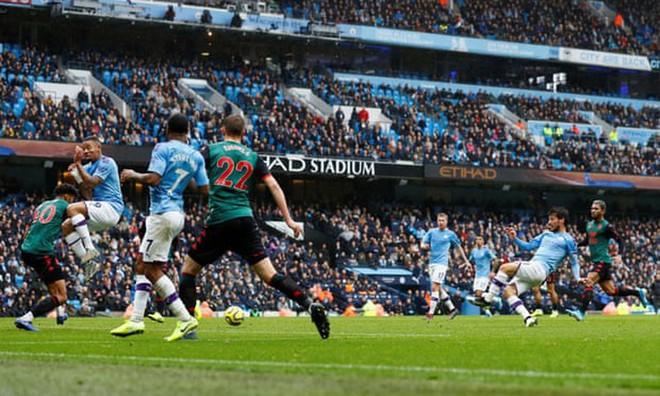 'Hủy diệt' Aston Villa trong hiệp 2, Man City áp sát Liverpool - Ảnh 7.