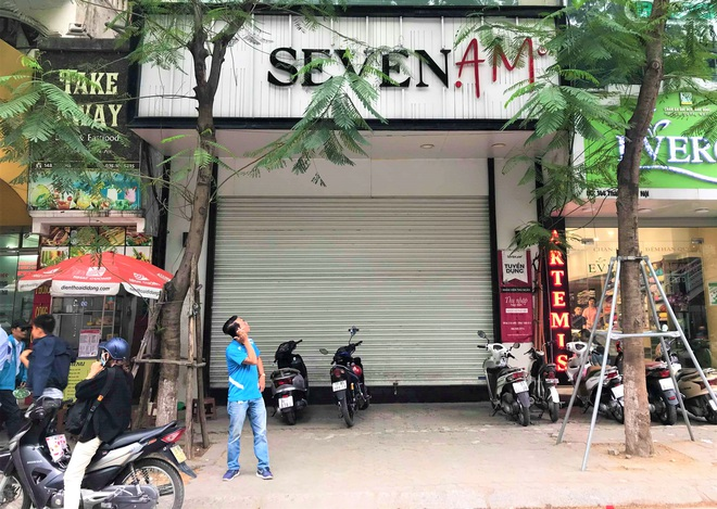 Sau bê bối cắt mác Trung Quốc gắn mác Việt, cửa hàng SEVEN.am Hà Nội đóng cửa im lìm  - Ảnh 7.