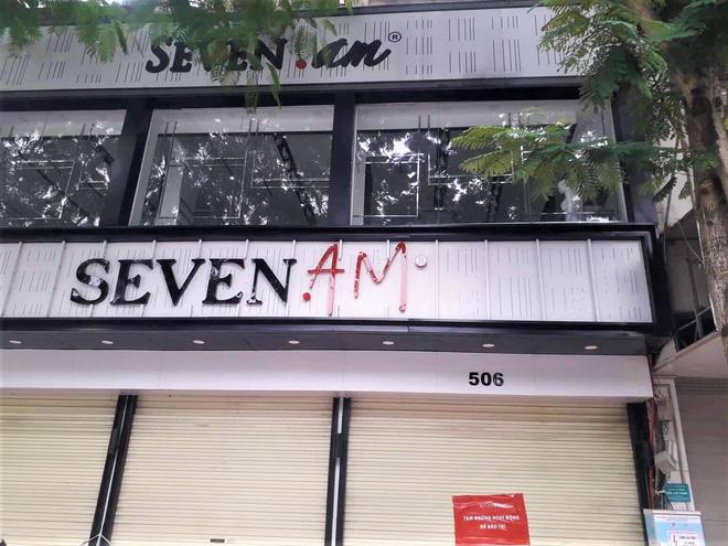 Sau bê bối cắt mác Trung Quốc gắn mác Việt, cửa hàng SEVEN.am Hà Nội đóng cửa im lìm  - Ảnh 5.