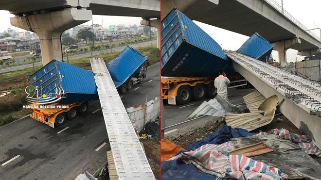 Hiện trường xe container va và kéo sập dầm bê tông cầu bộ hành  - Ảnh 3.