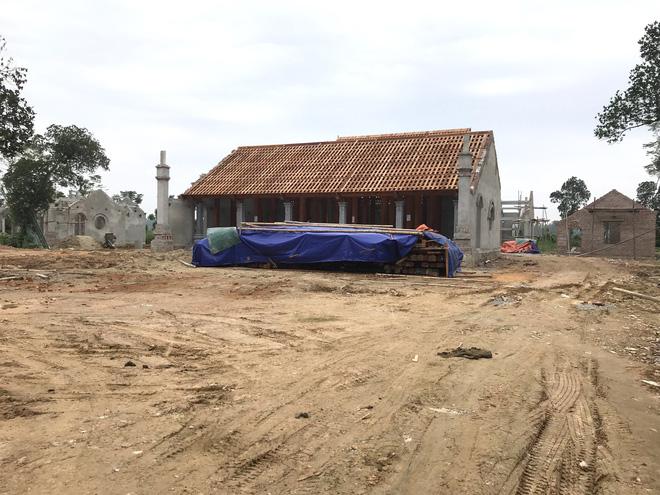 Vụ chùa triệu đô xây chui, lấn di tích lịch sử: Tỉnh Nghệ An yêu cầu tháo dỡ - Ảnh 1.