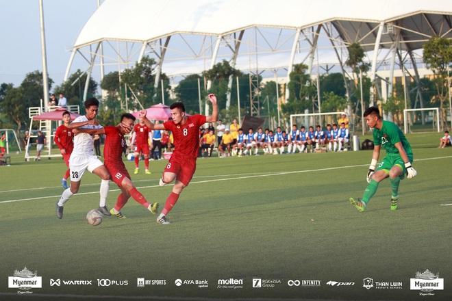 U22 Việt Nam đá kín, chật vật hòa đối thủ nhiều duyên nợ tại SEA Games - Ảnh 3.
