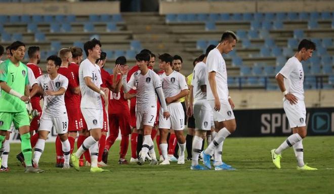 FIFA dành sự chú ý cho Việt Nam, tin vào sự trỗi dậy của những kẻ bám đuổi - Ảnh 2.
