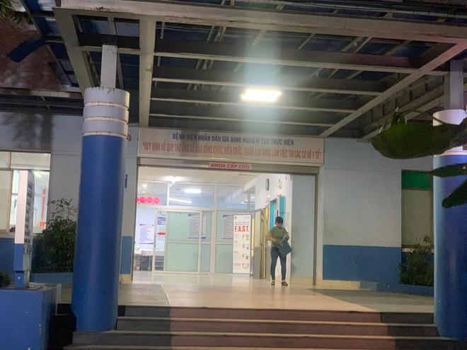 Truy xét nhóm giang hồ xông vào bệnh viện Nhân dân Gia Định truy sát bệnh nhân - Ảnh 1.