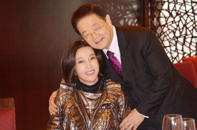 Võ Tắc Thiên Lưu Hiểu Khánh: Tỷ phú 4 đời chồng không ngại yêu trai trẻ - Ảnh 10.