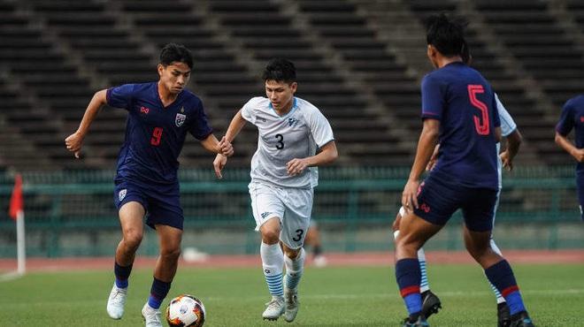 Thái Lan thua bẽ bàng trước Campuchia, vấp mối nguy lớn ở đấu trường châu Á - Ảnh 1.