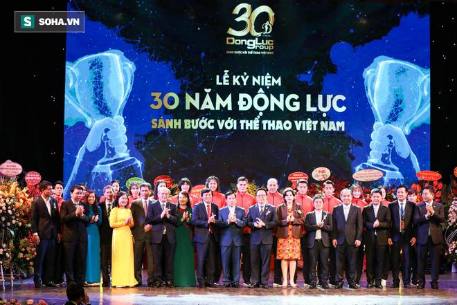 Đình Trọng cùng các VĐV Việt Nam nhận tin vui ngay trước ngày khởi tranh SEA Games 30 - Ảnh 3.