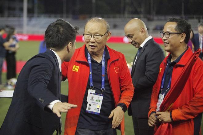Tạm quên thầy Park, báo Indonesia tin Việt Nam thành công nhờ một cú đấm mạnh tay khác - Ảnh 1.
