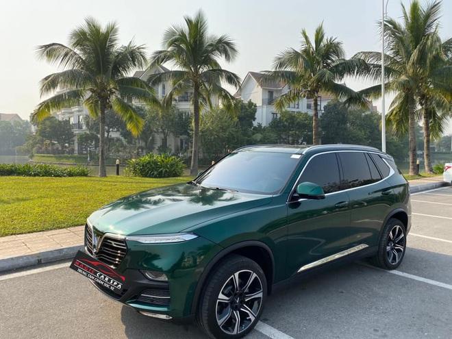 Vinfast Lux SA2.0 đổi màu xanh ngọc lục bảo độc nhất Việt Nam khiến dân xe mê mẩn - Ảnh 8.