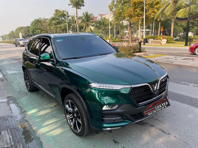Vinfast Lux SA2.0 đổi màu xanh ngọc lục bảo độc nhất Việt Nam khiến dân xe mê mẩn - Ảnh 6.