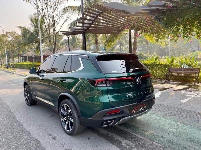 Vinfast Lux SA2.0 đổi màu xanh ngọc lục bảo độc nhất Việt Nam khiến dân xe mê mẩn - Ảnh 7.