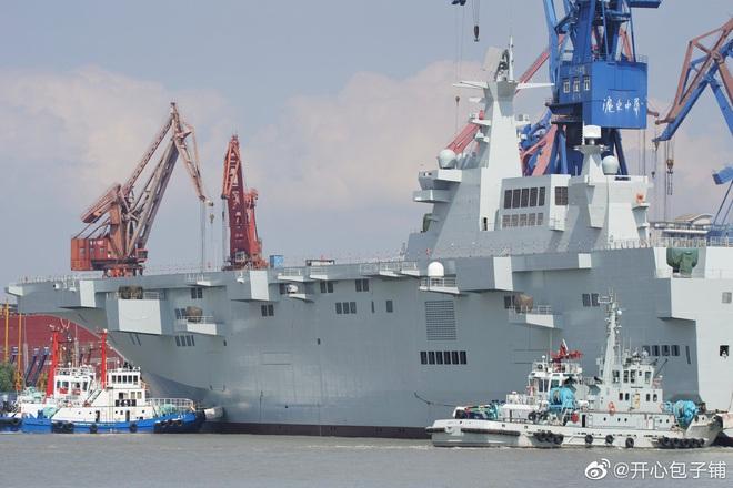 Bị TQ vượt, Nga nóng mặt ra lệnh khẩn: Đóng tàu đổ bộ trực thăng Priboy luôn và ngay - Ảnh 5.