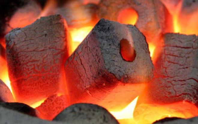 Tin vào công nghệ than sạch, 6 người tử vong vì ngộ độc khí CO ở Trung Quốc - Ảnh 1.