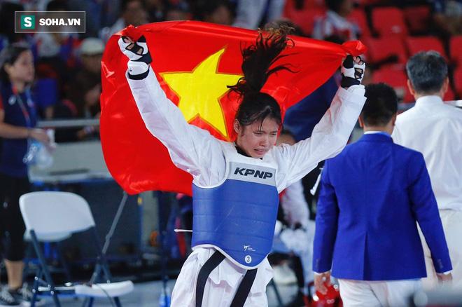 TRỰC TIẾP SEA Games ngày 8/12: Đón cơn mưa vàng, Việt Nam tạm thời bỏ xa Thái Lan - Ảnh 1.