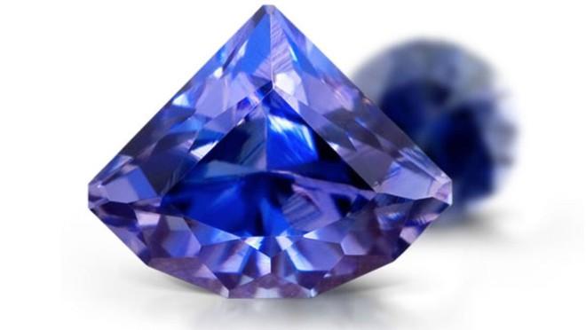 Những loại đá quý đắt nhất thế giới: Kim cương thông thường vẫn chưa thấm vào đâu - Ảnh 2.