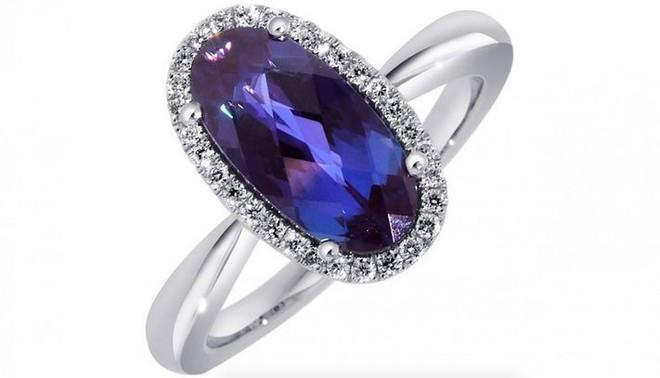Những loại đá quý đắt nhất thế giới: Kim cương thông thường vẫn chưa thấm vào đâu - Ảnh 5.