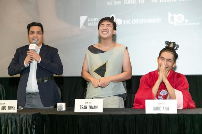 Đạo diễn Đức Thịnh: Trấn Thành sai với tôi và ê kíp phim Trạng Quỳnh - Ảnh 2.