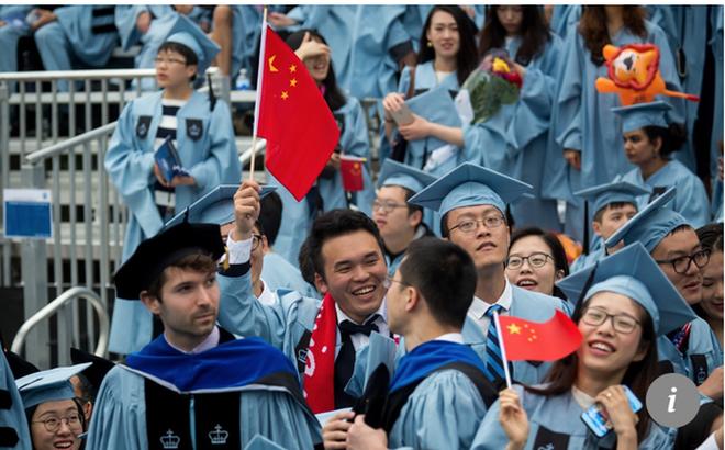 """Mỹ siết chặt """"vòng vây"""": Du học sinh Trung Quốc hoang mang nỗi lo về hay ở lại?"""
