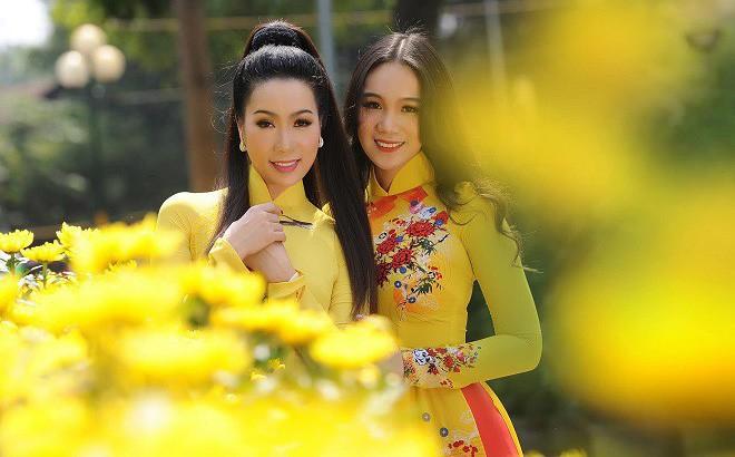 16 tuổi, con gái NSƯT Trịnh Kim Chi đã cao 1m72 và xinh đẹp như hot girl