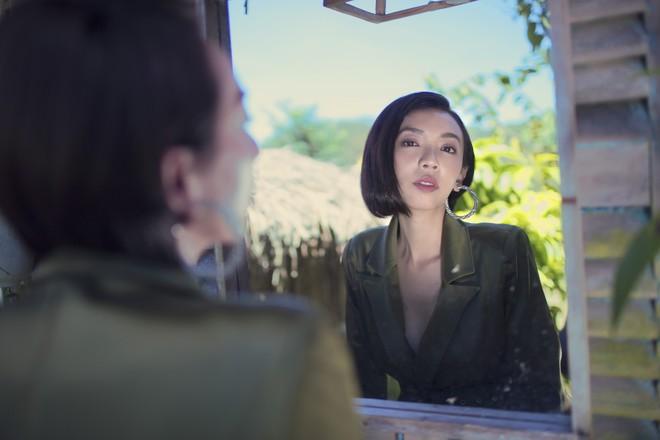 Hoa hậu hài Thu Trang khoe vẻ gợi cảm, mặn mà dịp đầu năm - Ảnh 9.